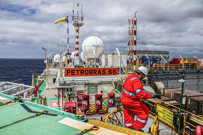 quatro estados aderem à greve dos petroleiros